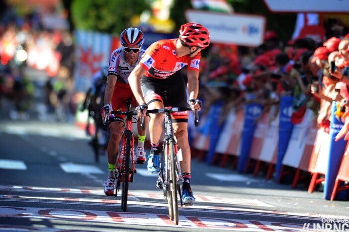 tom dumoulin vuelta
