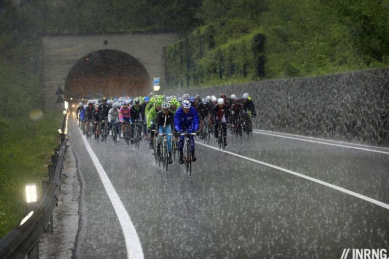 Giro rain