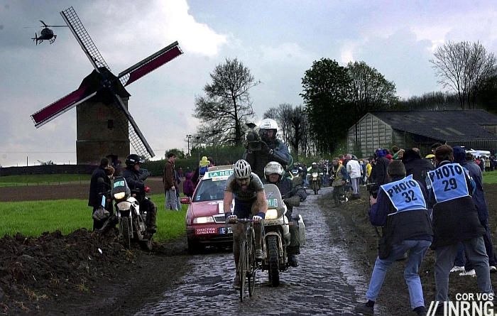 Wet Paris Roubaix rain 2002