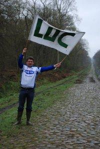 Luc flag banner races flanders